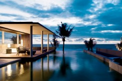 Swimming Pool Villa Beachfront Central Pattaya