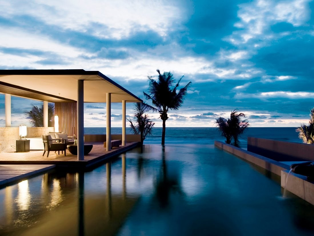 Absolute Luxury High End Villa in Pattaya – Central Location on the beach