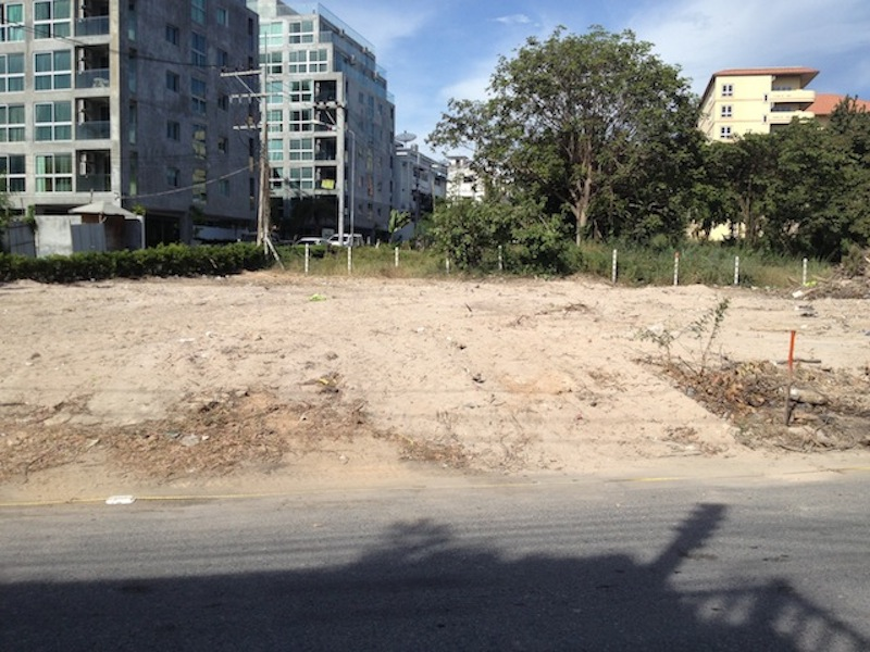Pratumnak Corner Land Plot for Developers for sale close to the beach