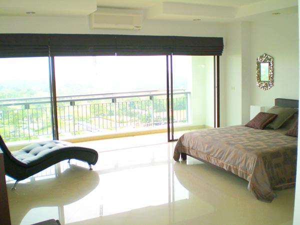 Crystal Bay golf course 2 bedroom sea view Condo