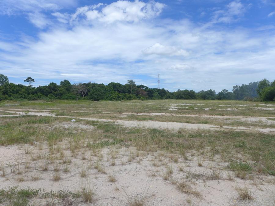 Attractive plot of 15.000 square meters near Pattaya