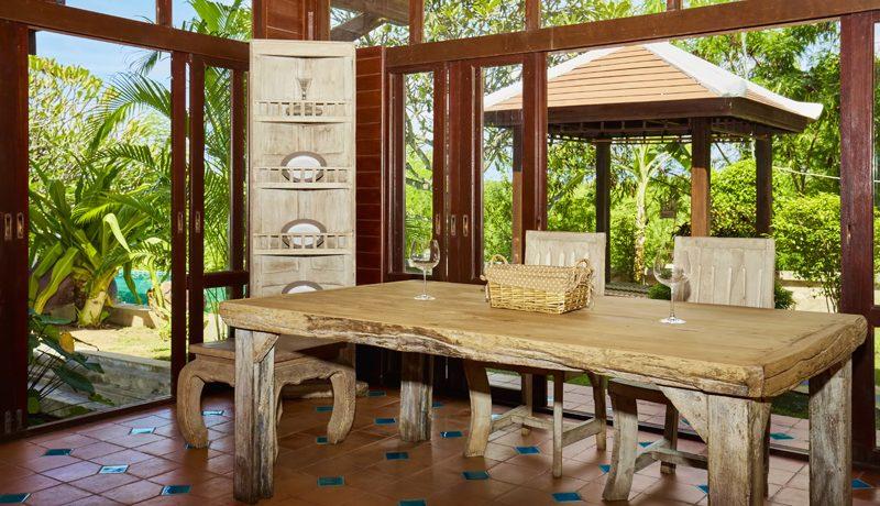 indoor_dining_3