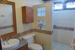 tasteful_decoration_in_the_bathrooms_1