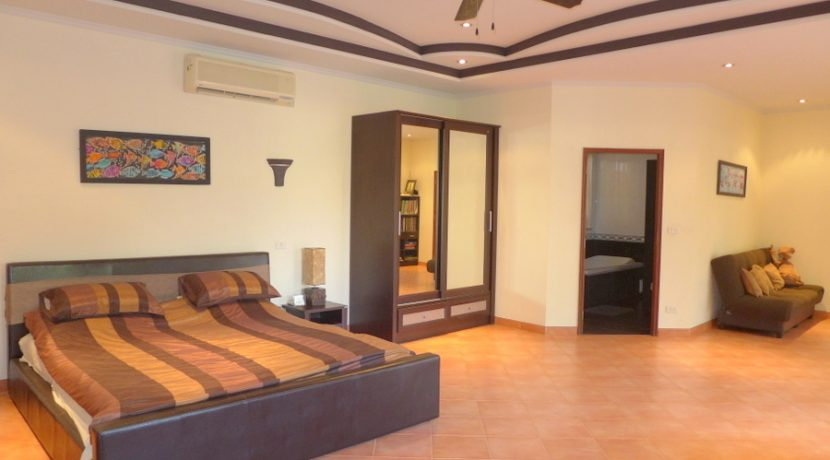 This is a modern and well-built villa. A place to feel well