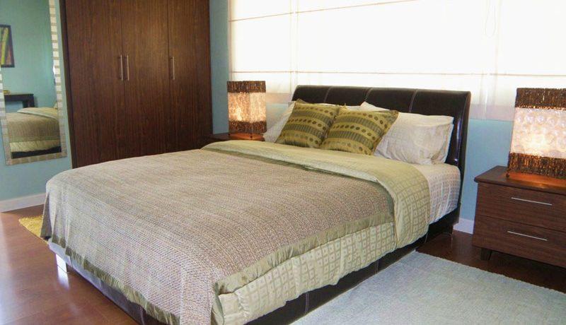 2nd_bedroom_of_this_luxury_3-bedroom_suite_jomtien_2