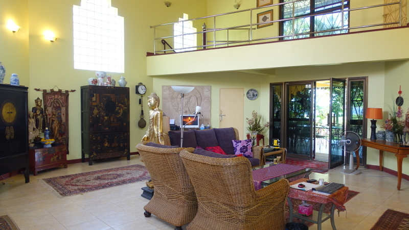 a total of 14 bedrooms are offered. Tremendous potential through the unique location near Pattaya....