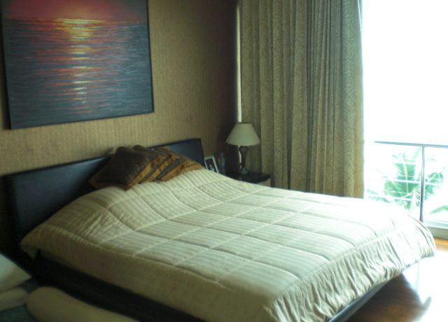 Top luxury low rise beachfront condo Pattaya