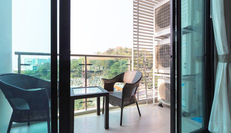 balcony_with_sea-views_1