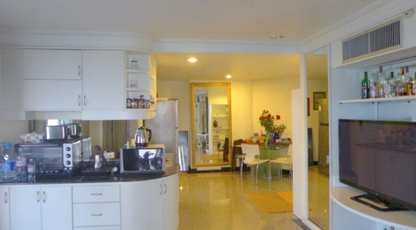 kitchen_of_a_autonomous_suite_1