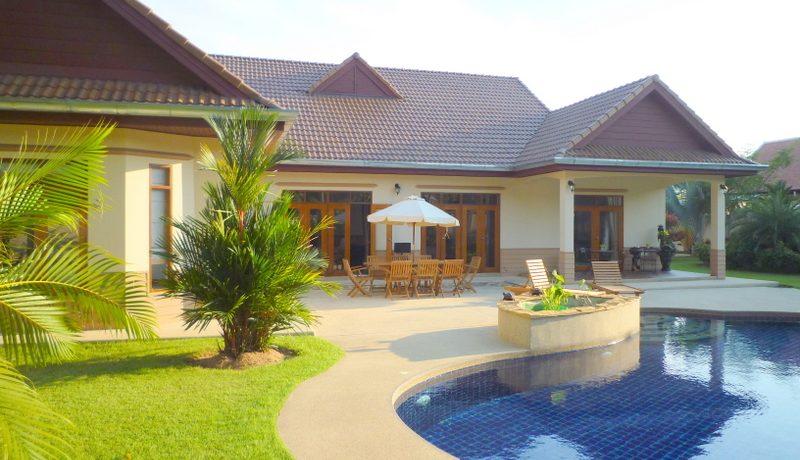 4 bedroom pool villa on 1 rai land with beautiful garden, pattaya