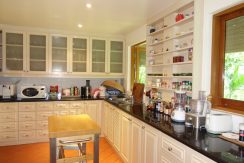 part-views_of_the_kitchen_1