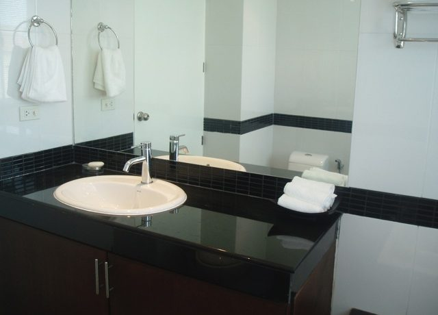 sink_area_of_this_top_modern_2_bedroom_condo_center_pattaya_1