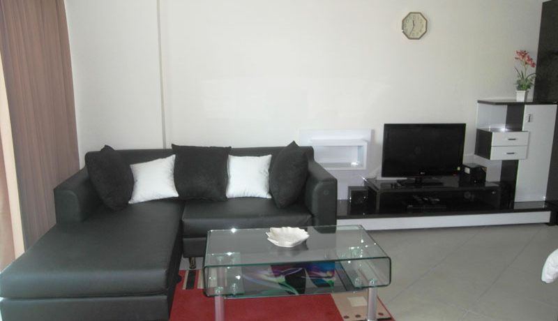Attractively priced Viewtalay 7 double front corner unit right on Jomtien-Beach