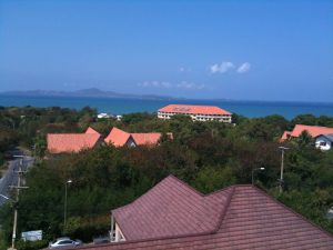 modern and spacious quality seaview apartment is located at the bottom of Pratumnak hill