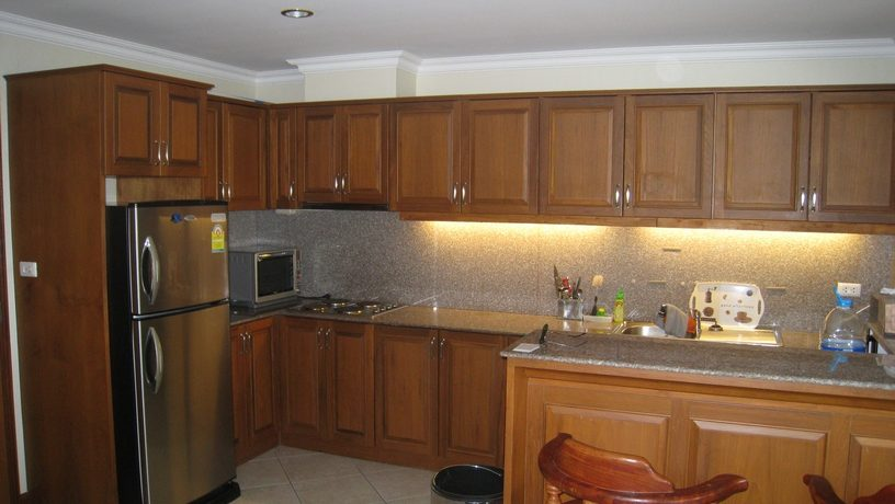 06_fitted_kitchen_1
