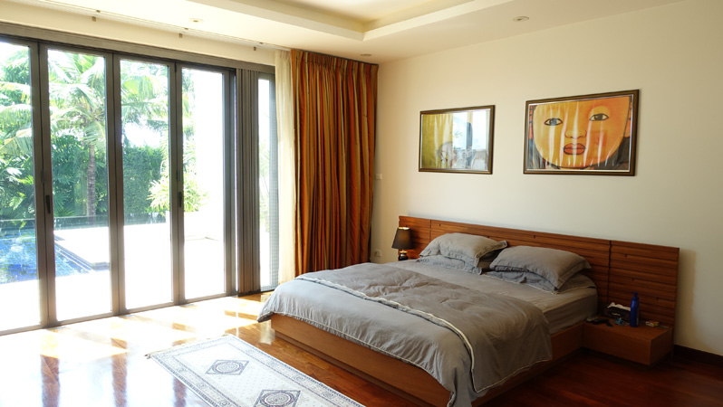 Lavish designer pool-villa at Siam Royal View above Pattaya