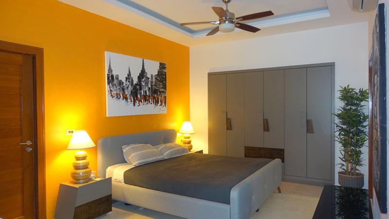 lavish 5 bedroom pool-villa at central beach location