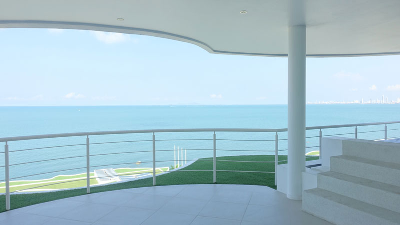 Gorgeous_views_wherever_you_are_-_the_terrace_with_the_steps_to_the_private_pool