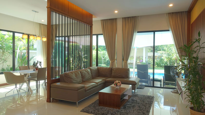 located in a new housing estate in central Huai Yai. Turn-key ready. Just come with your suitcases and start enjoying....