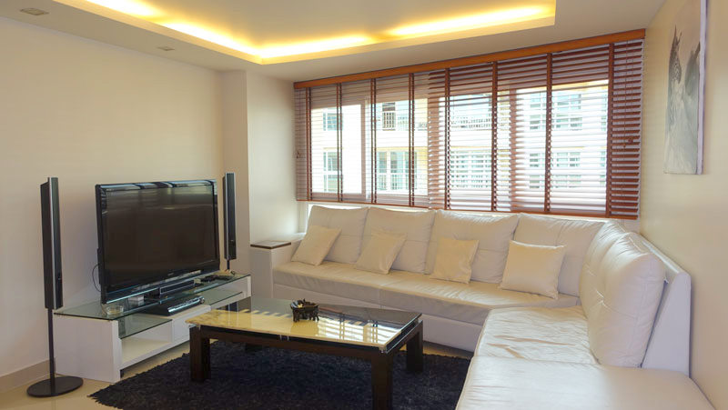A very popular condo-project at top location. A true high floor downtown condo in the heart of Pattaya. Secure