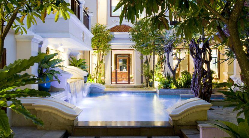 Viewtalay Marina estate: 3-bedroom designer-villa