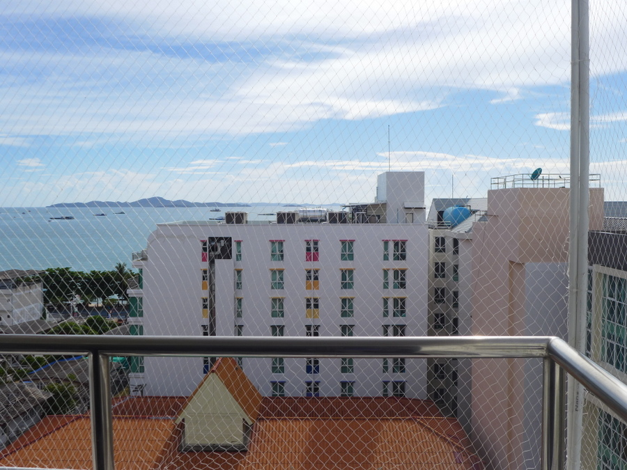 Sea view Penthouse 150 meters from North Pattaya Beach road
