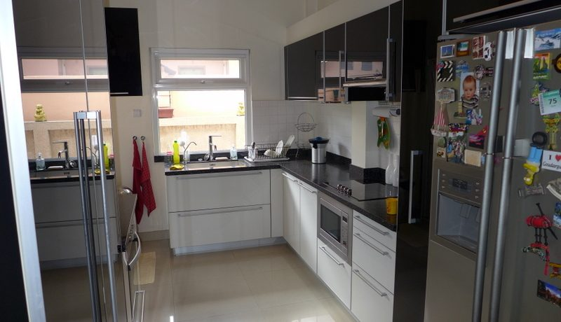 complete_euro_kitchen_1