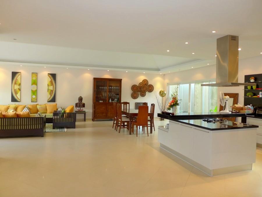 Sedona Villas – Lavish 4 plus bedroom pool villa in top estate near Pattaya