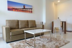 you get plenty of entertainment facilities to use for you and your guests. The condo offers a living- and a separate bedroom on the 2 :...