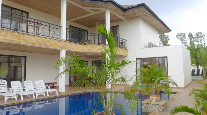 generous_balconies_and_terraces_1