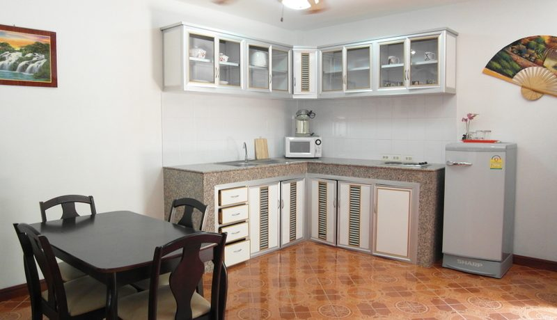 This is an established quality guesthouse on Pratumank-hill with 5 one-bedroom and 1 two-bedroom apartmens. All units come with a decently equipped kitchen. Most of them offer balconies. The roof terrace offers seaviews and could be converted into a :...