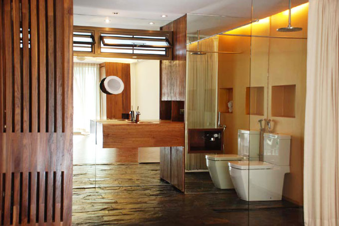 marter_bathroom_of_this_brand_new_sea_view_designer_condo__2_bedrooms__jomtien_1