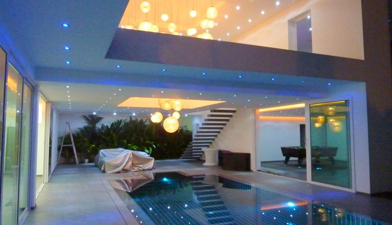 night_atmosphere_at_this_stunning_4-bedroom_villa_at_top_location_1