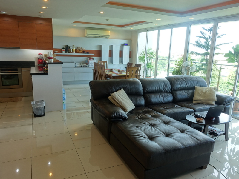 Top modern 2 bedroom penthouse condo at best Pattaya location