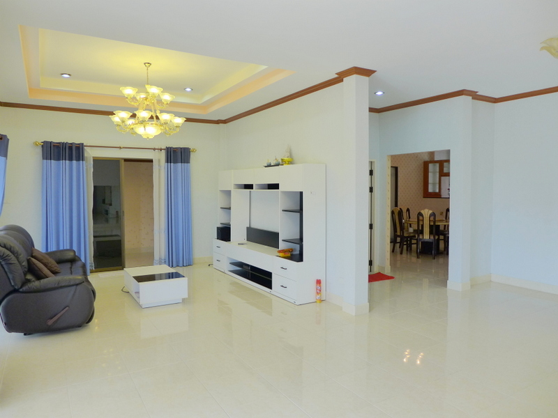 Solid 5 bedroom home in secure village, Bangsarae