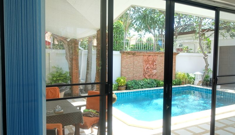 popular housing estates. Be it for entertaining holidays or as a rental investment
