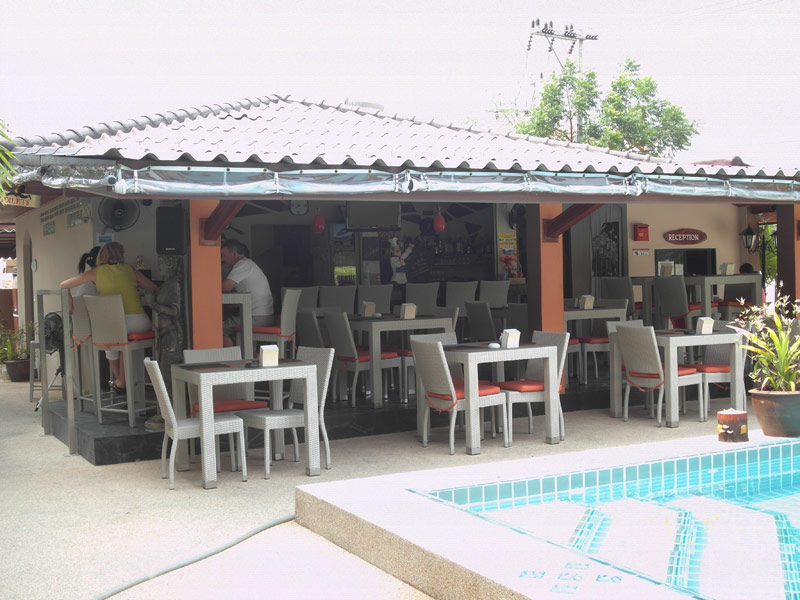 New resort guesthouse with 48 spacious, modern units, South-Pattaya/Jomtien for sale