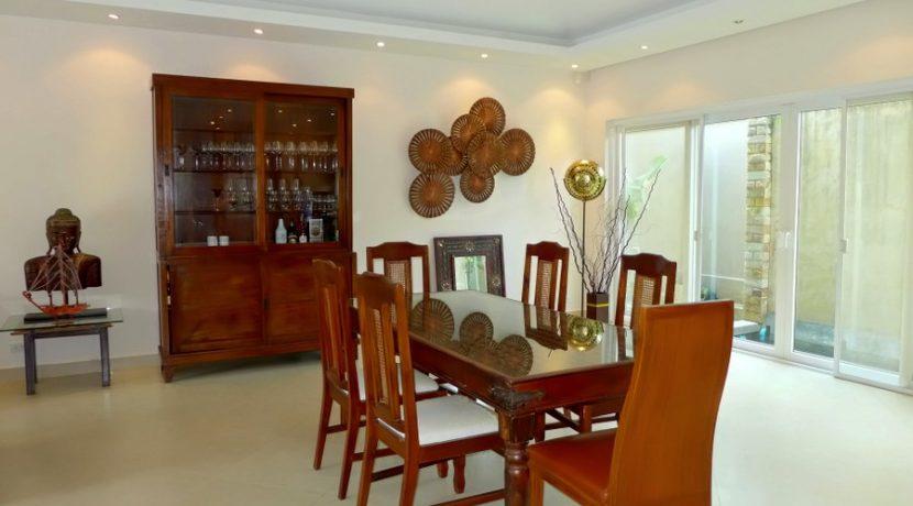 spacious_dining-area_1