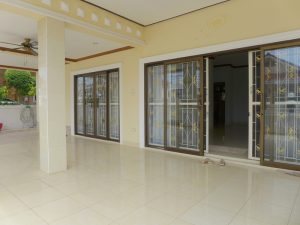 even for a large family. In a separate but open room is the di :...