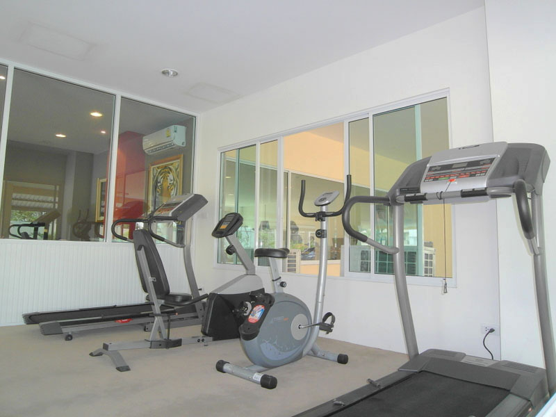 Spacious, modern studio apartment with two balconies in the Jomtien area
