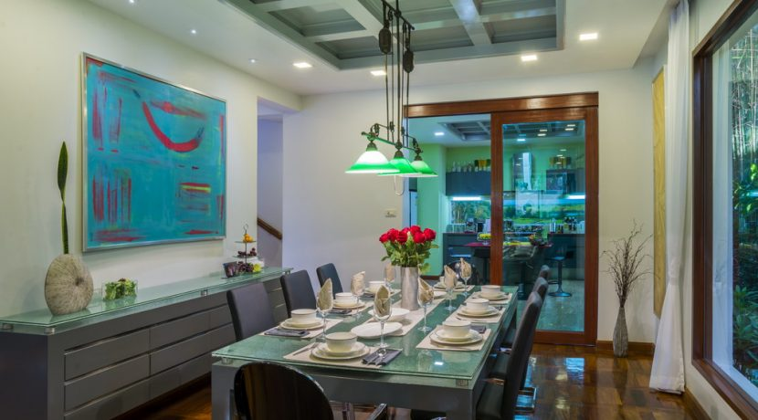 the_indoor_dining-area_4