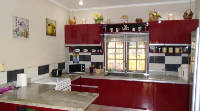 the_kitchen_at_one_of_the_main_houses_1
