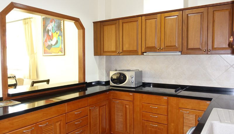 This is a fully and newly renovated upscale condominium in top condition and at central Jomtien location. A generous living-room