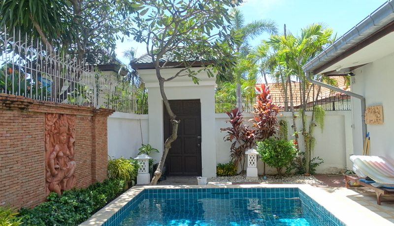 This compact villa is located in one of the most centrally and near beach located