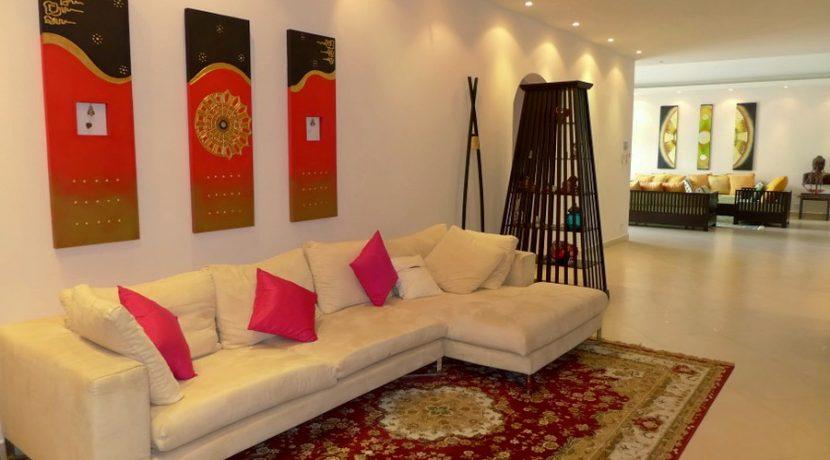 Sedona Villas - Lavish 4 plus bedroom pool villa in top estate near Pattaya