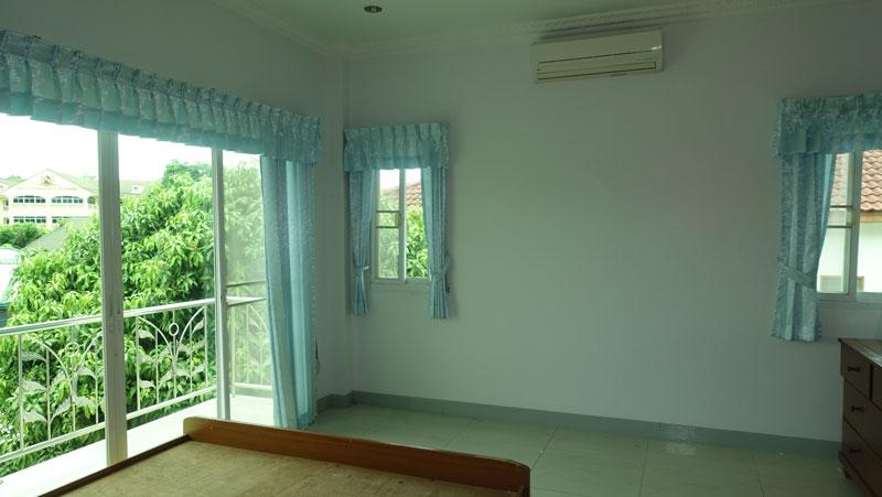 4 bedroom house at Satit Udomseuksa school