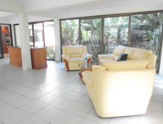 ground_floor_relaxation_at_this_lavish_3-storey_mansion_between_pattaya_and_jomtien_1