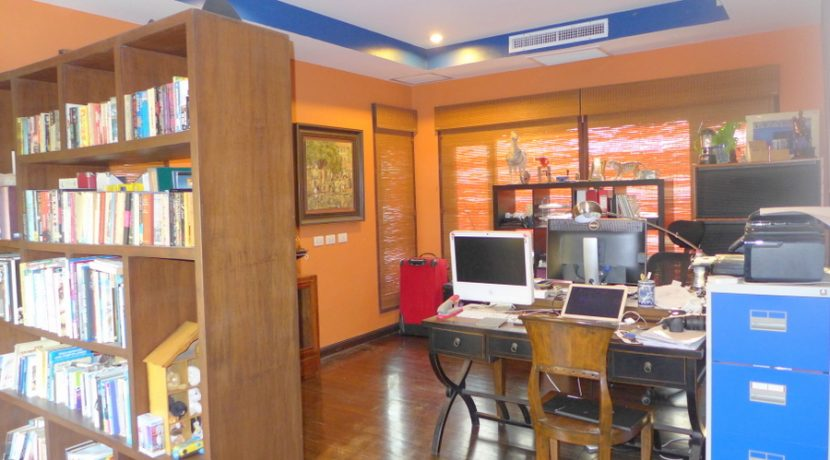 office_and_library_for_active_minds_1