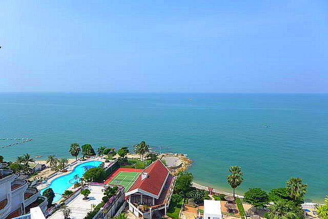 Wong Amat, Siam Penthouse Condo for Sale, Absolute Beachfront