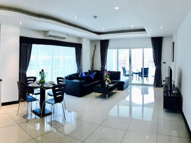 Pattaya Hill Tudor Court Condo for Sale Corner unit